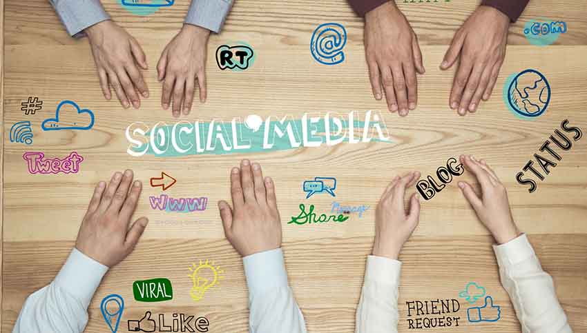 Be a Social Media Manager