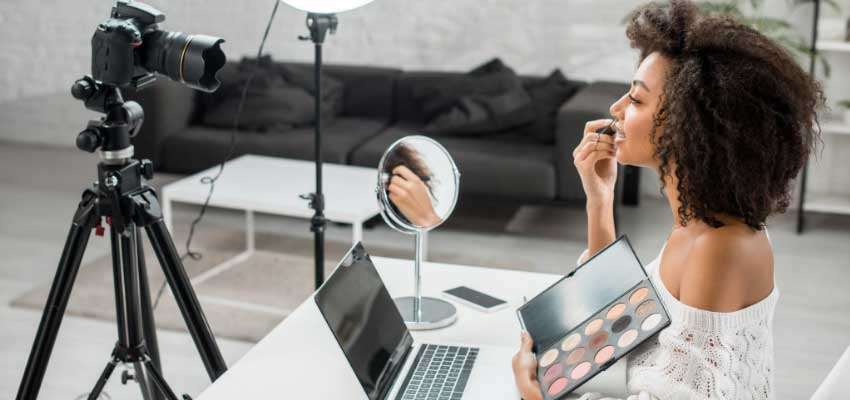 What is Influencer Marketing and How Can My Small Business Use It?